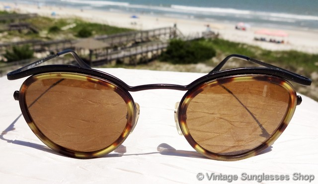 54d620c385 VS1203  Vintage Giorgio Armani 632 894 sunglasses have all the unique  design features that you ve come to expect in vintage Armani sunglasses and  finer ...