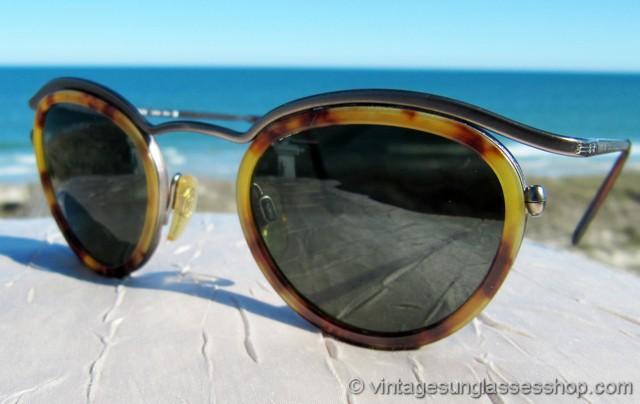 31470c3b9323c VS2062  Vintage Giorgio Armani 632 897 sunglasses have all the unique  design features that you ve come to expect in vintage Armani sunglasses and  finer ...