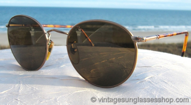 35fb8ed0 Vintage Giorgio Armani Sunglasses For Men and Women - Page 12