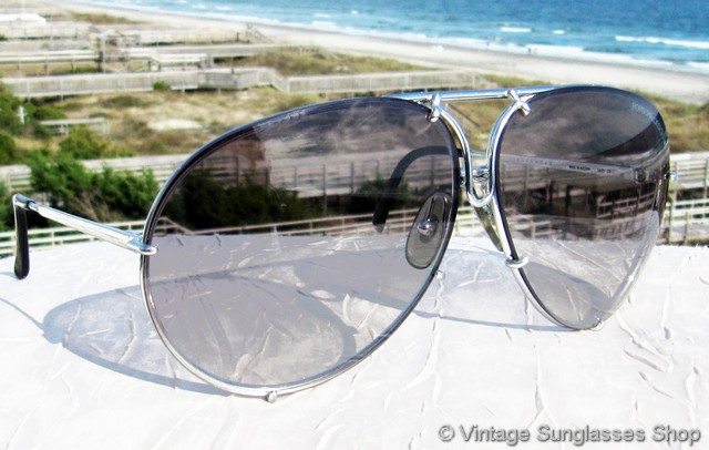 eed0841788 VS223  Vintage Carrera Porsche Design 5621 71 sunglasses feature a titanium  silver frame and interchangeable brown gradient and gray lenses