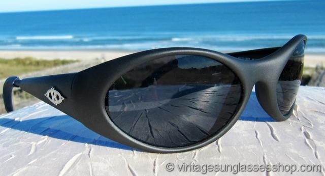 6dc5d743d66 Vintage Sunglasses For Men and Women - Page 216