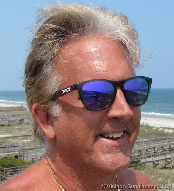 oakley frogskins crystal black blue iridium sunglasses rh vintagesunglassesshop com