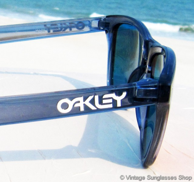 blue oakley sunglasses 3joz  VS239: Vintage Oakley Frogskins sunglasses feature top of the line Positive  Red Iridium lenses in the crystal black frame, reminiscent in style to that  of