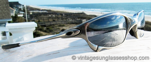 Black Iridium Oakley Lens