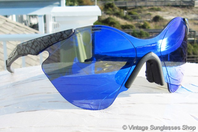 blue oakley glasses dl4w  VS1873: Vintage Oakley Sub Zero Planet X sunglasses c 1992 feature the very  rare Planet X frame, a real collector item among both vintage Oakley  collectors
