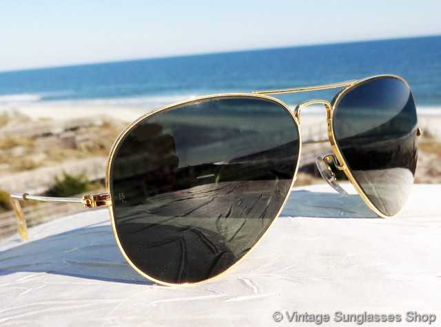 f54caf7b82 They are otherwise identically marked with the top of the nose bridge  impressed B L Ray-Ban USA and the bottom of the bridge impressed B L Ray-Ban  58    14.