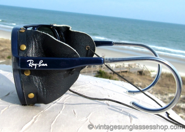 b63210b1fb VS1148  Vintage B L Ray-Ban Arctic CATS 7000 glacier glasses feature a  durable French blue nylon frame