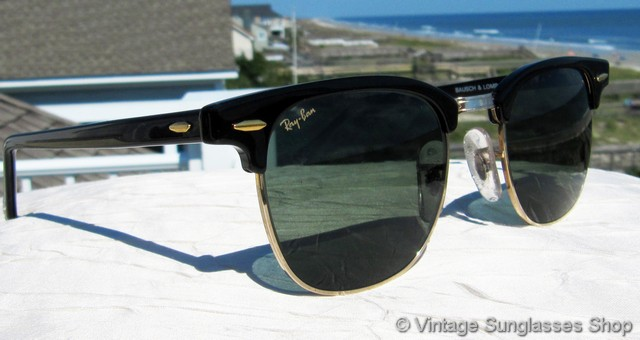 Ray Ban W0365 Clubmaster Sunglasses Nicholson, a season ticket holder for four decades, has long been a staple at lakers games, though he has largely receded from public life in recent years. ray ban