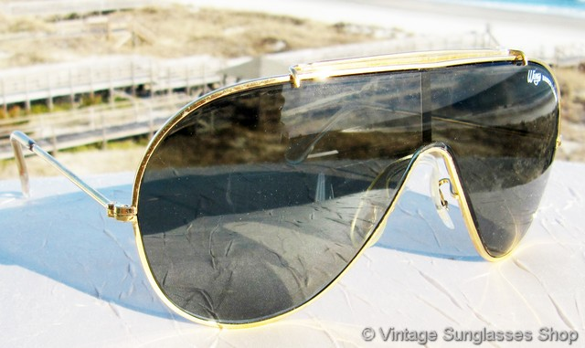 vs545vintage bl ray ban wings with gold frame and brow bar and neutral gray green g 15 lenses were the original style in the innovative one piece wings