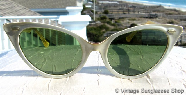 7386f6393a Ray-Ban Cat s Eye Two Tone Sunglasses