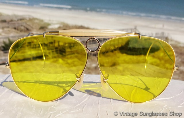 b0eb72408a Vintage Ray-Ban Sunglasses For Men and Women
