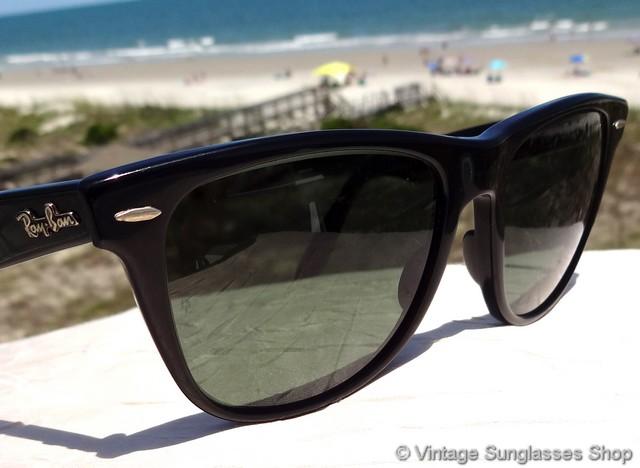 Ray Ban L1724 Black Wayfarer Ii Sunglasses Questi occhiali sono stati venduti. ray ban l1724 black wayfarer ii sunglasses