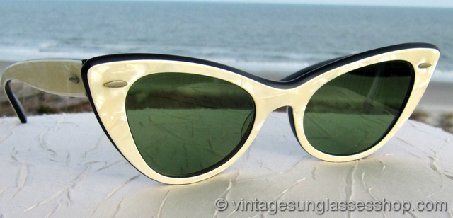 1950s Sunglasses Women  vintage 1950s and 1960s cat s eye sunglasses page 5