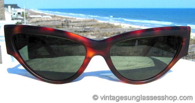 d0627b3704 Vintage Ray Ban Onyx Sun Glasses