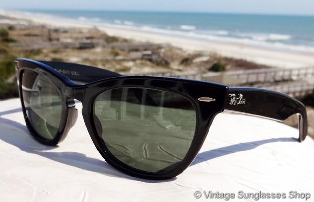 f34e810fa54 Ray-Ban W0904 Wayfarer Laramie Sunglasses