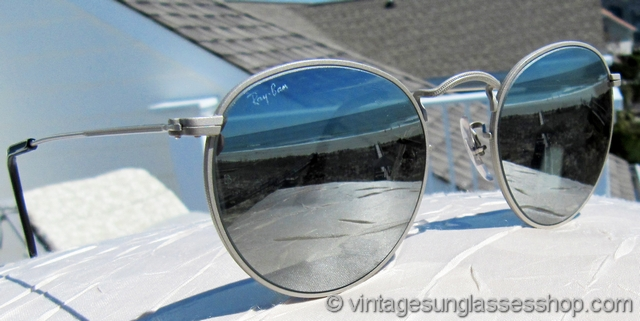 vintage ray ban bausch and lomb  vs656: vintage ray ban w2458 classic metals sunglasses were made in only very small quantities in this variation of matte silver frame with its distinctive