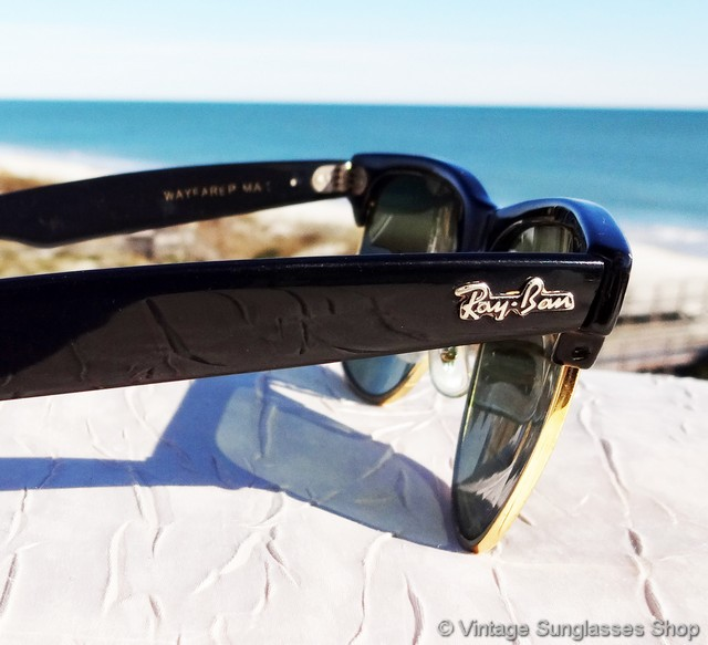7e72ae2eed4bb VS295  Vintage Ray-Ban W1272 Wayfarer Max sunglasses feature a black ebony  front frame accent and ear stems along with Bausch   Lomb G-15 mineral  glass ...