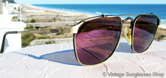 c6ea79dc030f VS1073  Vintage Revo 967 010 Advanced Metal Square sunglasses are another  unique Revo interpretation of classic aviator sunglasses