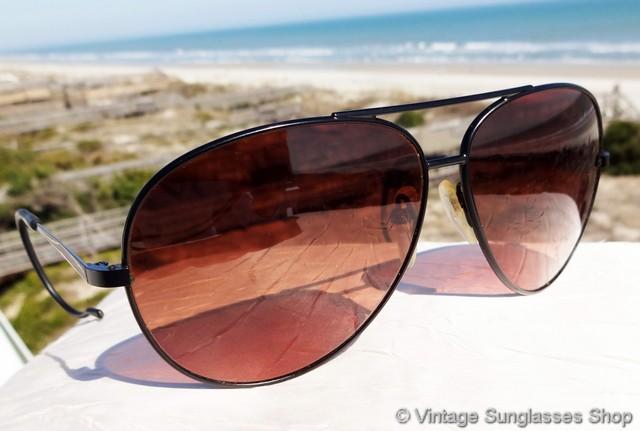 1a251bb10780 VS2005: Vintage Serengeti Drivers 5222 black aviator Outdoorsman sunglasses  feature rare