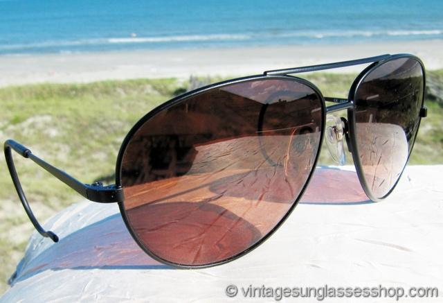 9a0fc00a2f10 VS2756: Vintage Serengeti 5315 Outdoorsman sunglasses feature a large metal  black chrome frame that's reminiscent of vintage B&L Ray-Ban black chrome  ...