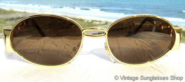 vs871 rare 1990s gianni versace gold link medusa head sunglasses model s34 col 30 is one of the finest and rarest examples of versace sunglasses ever