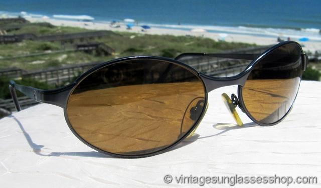 Sunglasses 2000  vintage vuarnet sunglasses and glacier glasses page 20