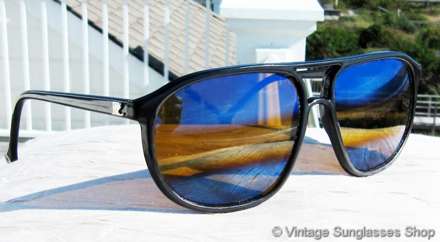 80a882a0c1 VS2837  Vintage Vuarnet 117 Nautilux sunglasses feature a gloss black  French nylon frame with traditional Vuarnet 374 paddle ear stems to make  them easier ...