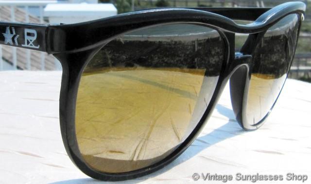 ebdc4fad6a5ed VS373  Vintage Vuarnet Skilynx black aviator sunglasses feature a unique  Vuarnet interpretation of classic aviator sunglasses